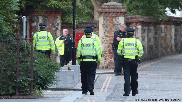 Detienen a hombre que apuñaló a varias personas en Londres