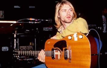 Subastan en 6 mdd guitarra de Kurt Cobain