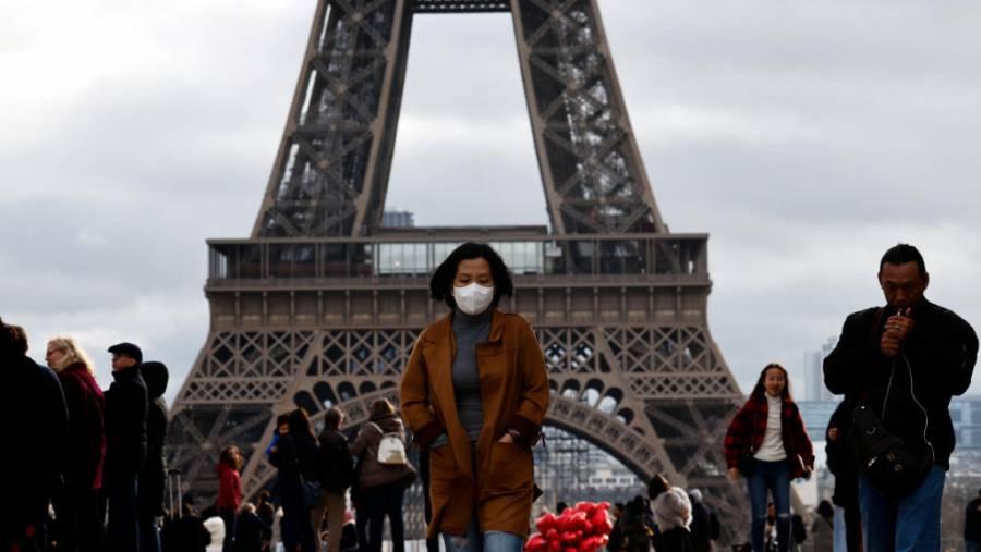 Francia presentó una disminución de pacientes con Covid en cuidados intensivos