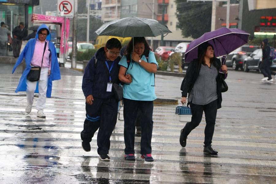 Intensas lluvias y tormentas eléctricas azotan la CDMX