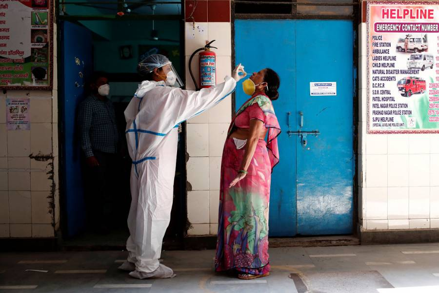 Reporta India cifra récord de casos de coronavirus