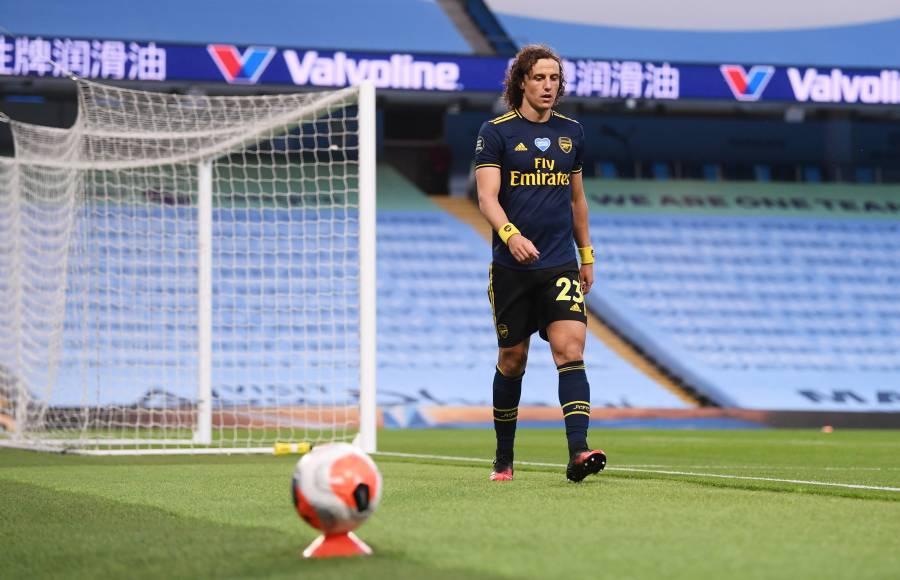 Futbolista del Arsenal dio positivo a Covid-19, previo a juego ante el City