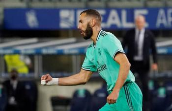 Real Madrid alcanza liderato; deja al Barcelona a sus espaldas