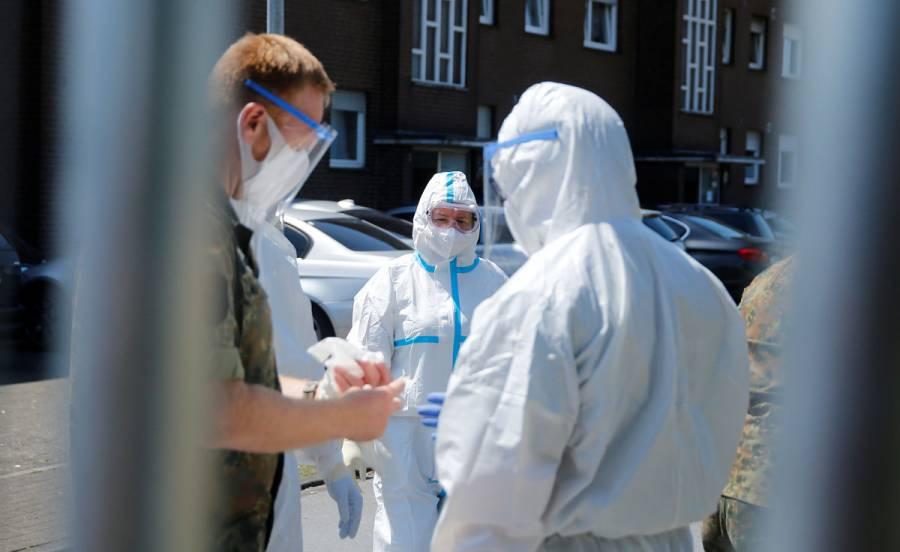 Alemania ordena confinamiento de distrito por brote en matadero