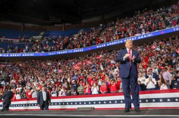 Trump quiere gobernar por tres  periodos como Roosevelt: Bolton