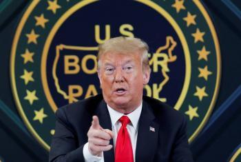 Trump acusa al gobierno de Obama de traición