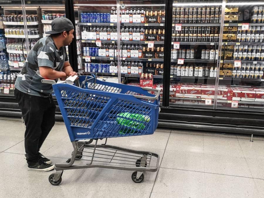"""Pesimismo entre los consumidores, """"ni pensar en una licuadora o un auto"""""""