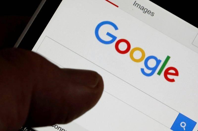 Nueva configuración por defecto de Google borra ubicación e historial web de usuarios tras 18 meses