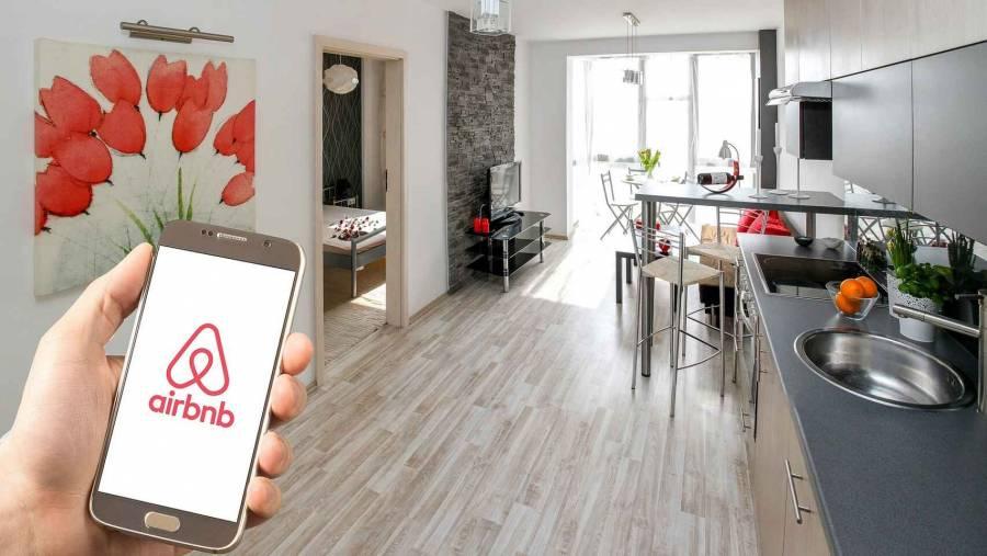"""CEO de Airbnb: """"En 6 meses se pierde trabajo de 12 años"""""""
