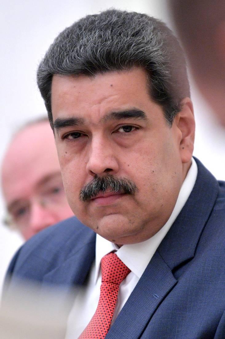 Maduro podría someter su cargo a referéndum