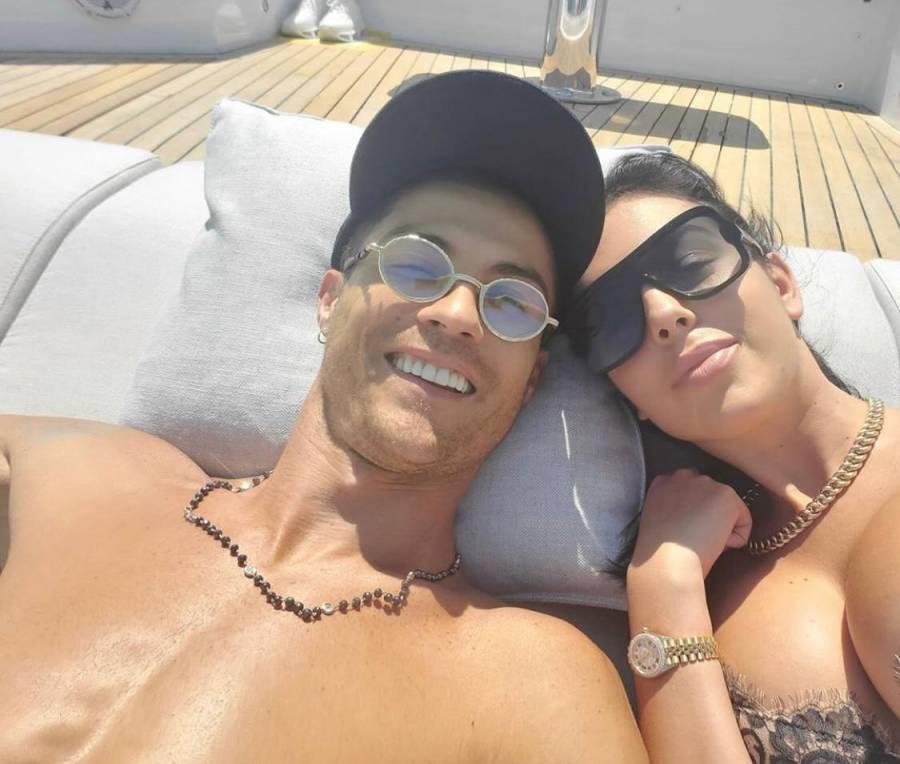 Lujoso viaje en yate, Cristiano Ronaldo y Georgina Rodríguez pasean por la costa