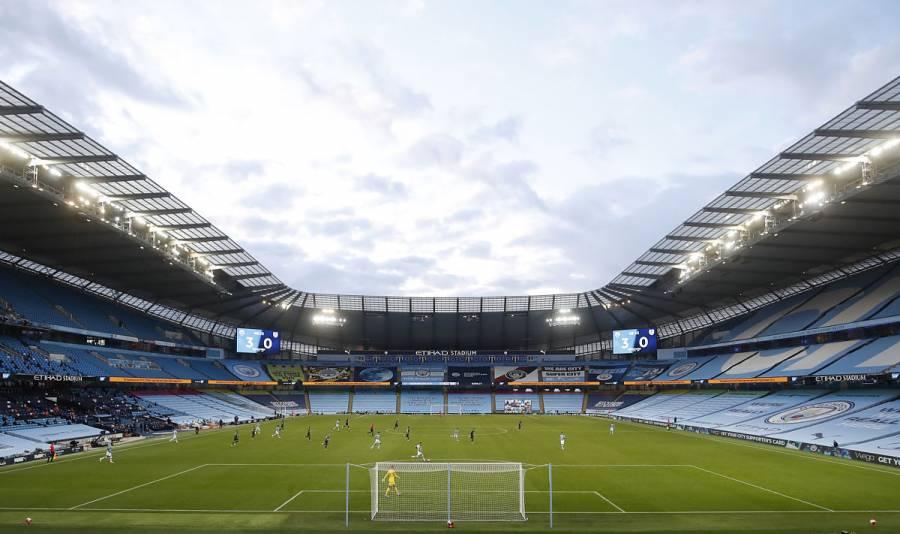 Man City-Liverpool se jugará en el Etihad Stadium pese a temores por público