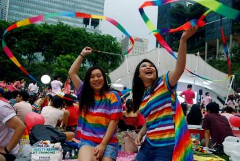 Artistas latinos se unen en concierto virtual para celebrar el mes del orgullo gay