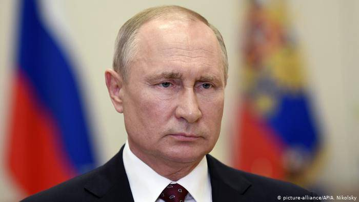 Putin descarta liberación del COVID-19 a propósito