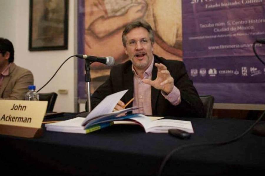 Piden la destitución de John Ackerman de la UNAM en Charge.org