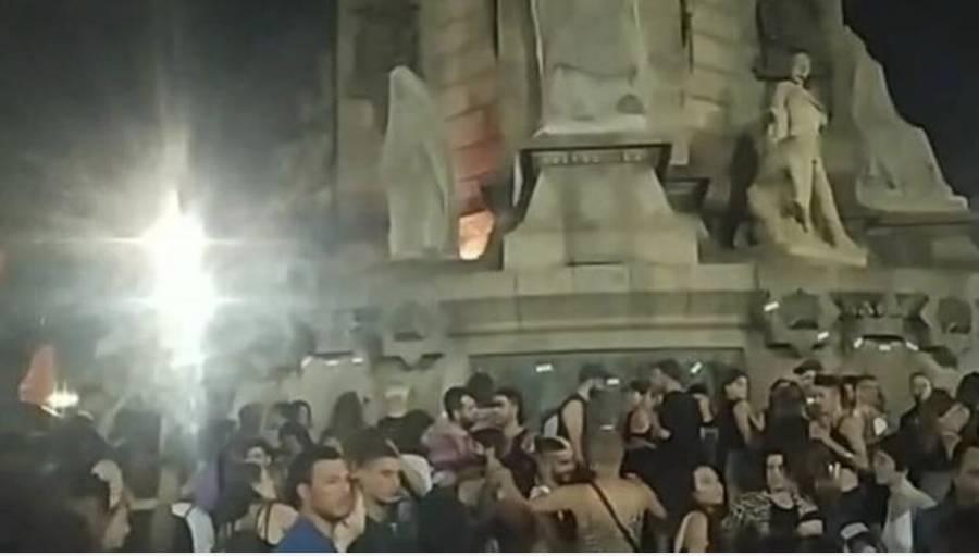 Estatuafobia llega a Barcelona