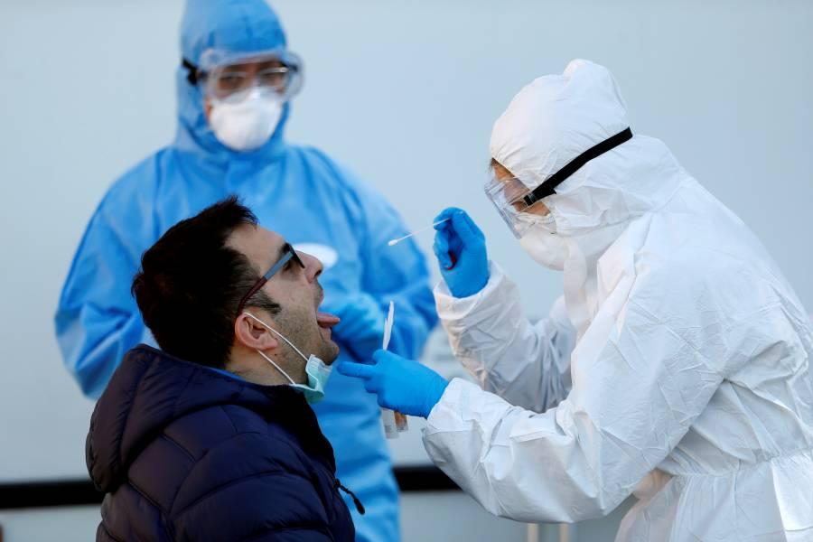 Estudio italiano revela que pacientes con Covid-19, registraron menor carga viral en mayo