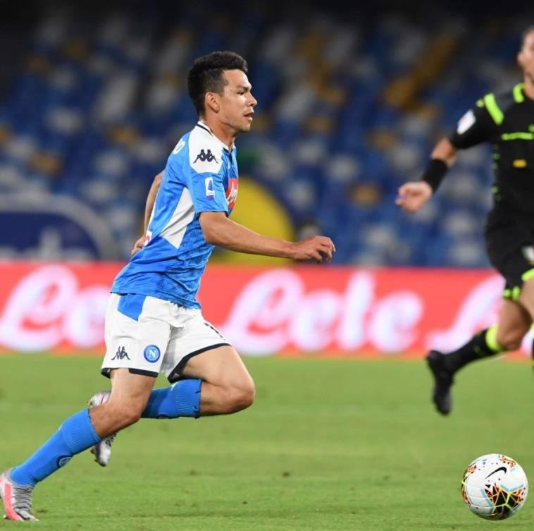 Napoli cedería gratis a Hirving Lozano