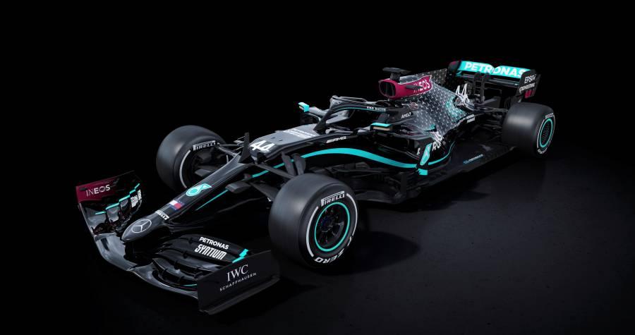 Mercedes tiñe de negro sus monoplazas contra el racismo