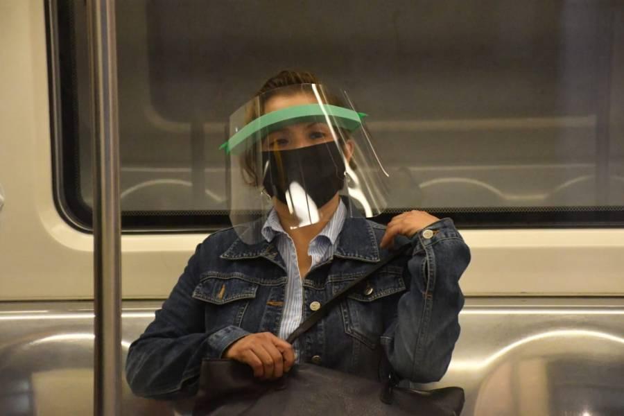 Comenzó el reparto de caretas protectoras en el Metro