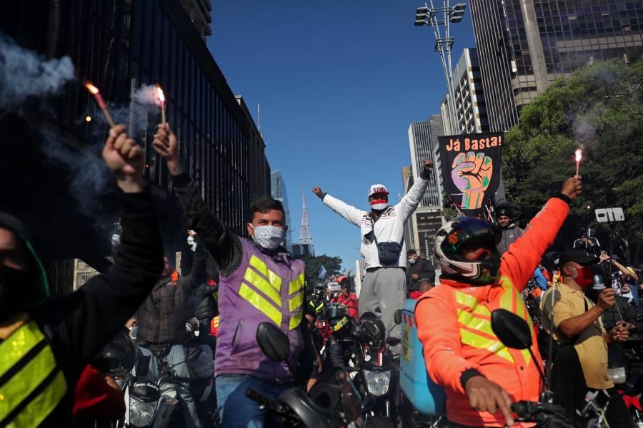 Repartidores de Uber y Rappi, protestan en calles de Brasil