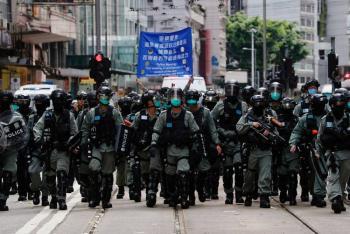Casi 200 arrestos en primer día de nueva ley de seguridad en Hong Kong