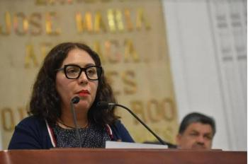 Aguilar Solache busca instituir reciclaje de agua en negocios