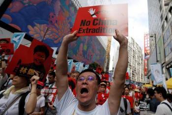 Denuncia Londres violación a autonomía de Hong Kong