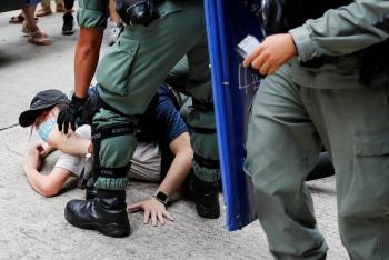 Arrestan a 180 hongkoneses por  protestar contra ley soberanista