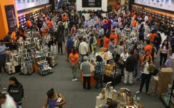 FIL Guadalajara evalúa tres opciones para celebrar su edición 34