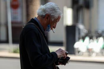 Fumar, factor de alto riesgo en pacientes con Covid-19: OMS