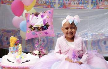La pequeña Estrellita busca a conocer a Kimberly Loaiza y Karol Sevilla