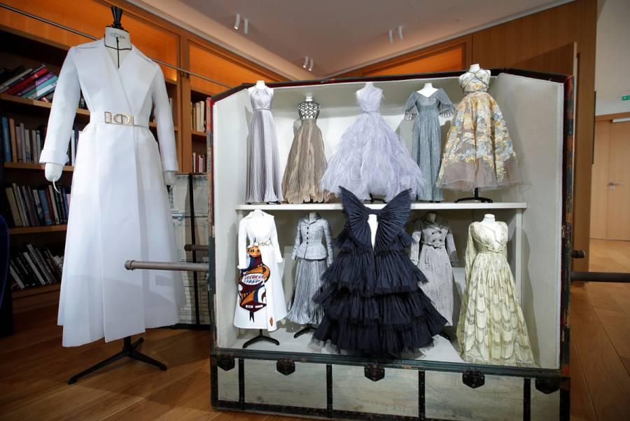 Con maniquíes en miniatura, Dior presenta colección post-cuarentena [Galería]