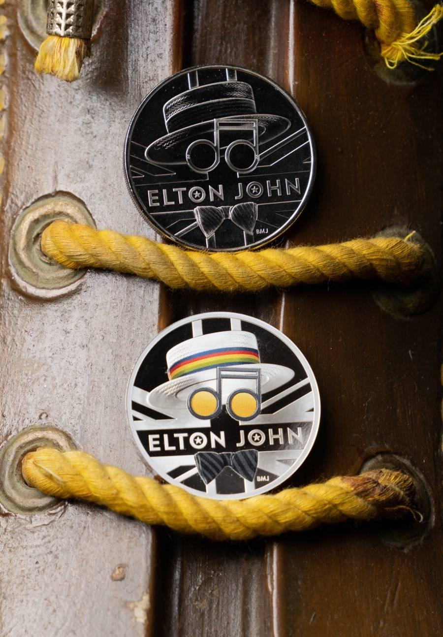 Royal Mint del Reino Unido celebra a cantante Elton John con nueva moneda conmemorativa