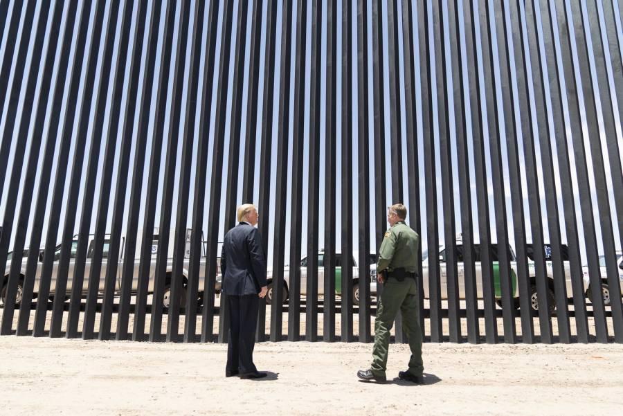 Trump muestra avances del muro fronterizo días previos a la visita de AMLO