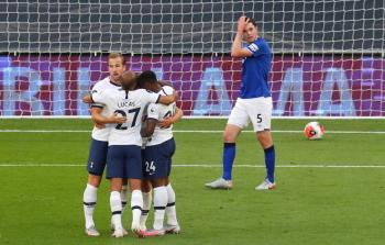 Tottenham gana al Everton y aún sueña con Europa