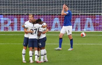 Tottenham gana al Everton y aún sueña con Europa