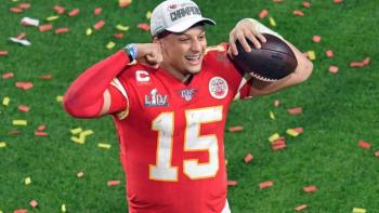 Patrick Mahomes firmará contrato por 10 temporadas con Kansas City
