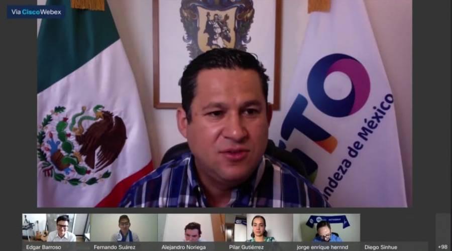 Guanajuato seguirá apoyando becas de alumnos en el extranjero