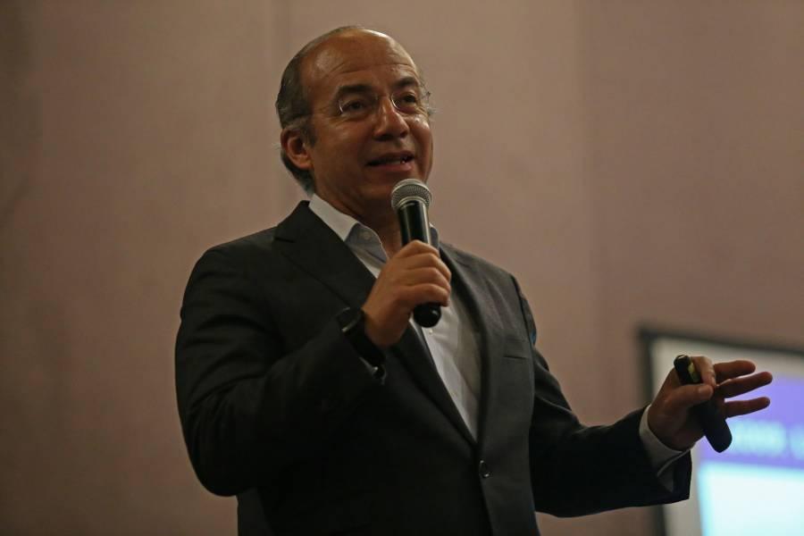 """Calderón califica a la administración de AMLO como un """"gobierno del siglo XIX"""""""
