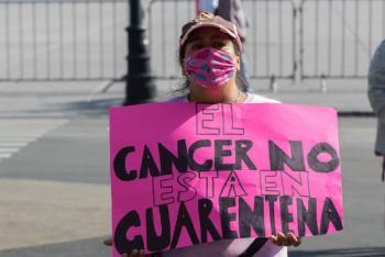Padres de niños con cáncer siguen con desabasto de medicamentos
