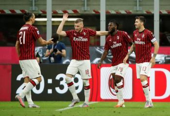 Milán impide que la Juventus se acerque al Scudetto