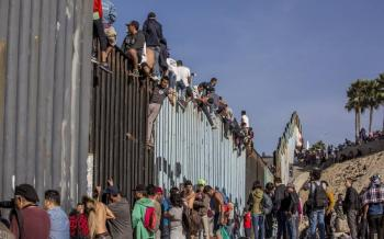 Insta Consejo Hñahñu a AMLO a defender migrantes ante Trump