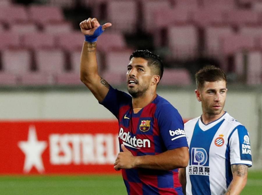 Barcelona desciende al Espanyol y mete presión al Madrid