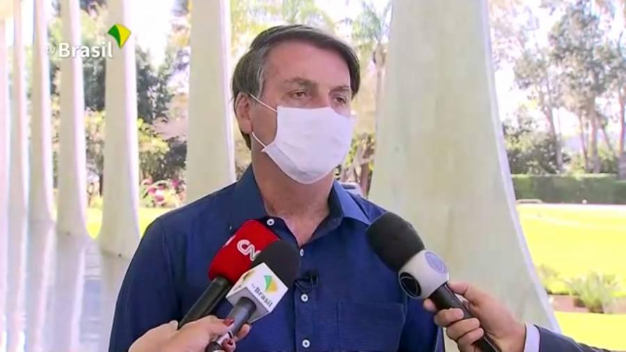 Bolsonaro, escéptico  del Covid, da positivo