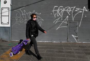 Argentina registra reacutecord diario de maacutes de 3 mil contagios por Covid19
