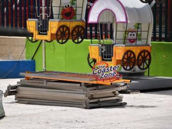 Adioacutes a la Feria de Chapultepec empiezan a desmontarla