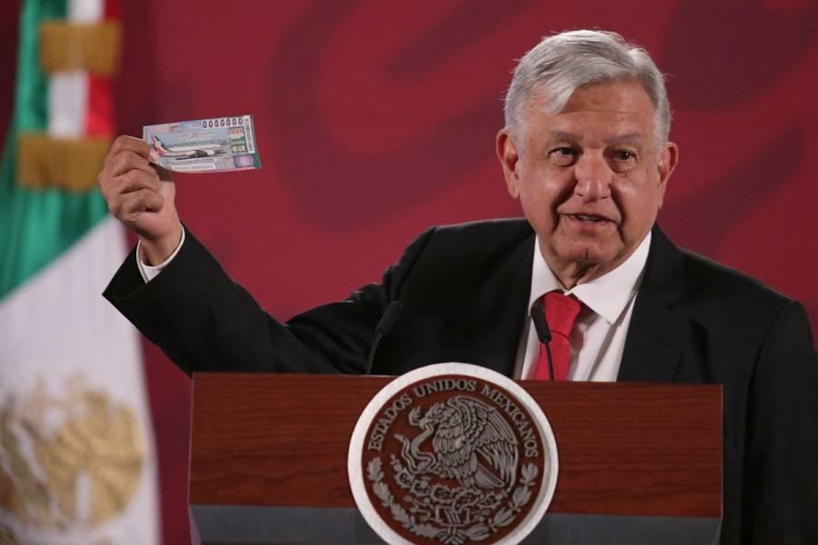 "AMLO pide a población comprar ""cachitos"" de rifa de avión"