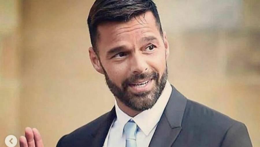 Una 'locura' que Trump no pida a personas usar cubrebocas: Ricky Martin