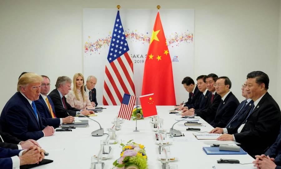 Responde China a sanciones de Estados Unidos y prohibe entrada a funcionarios